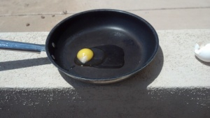 Frying An Egg In the Arizona Heat